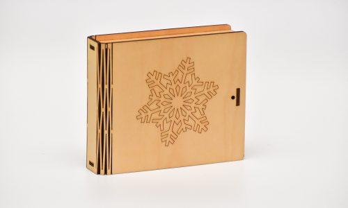 Krūžu paliktņu 8 kastīte (sniegpārsla)