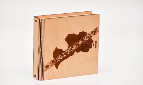Blašķu kastīte (latvija+josta)